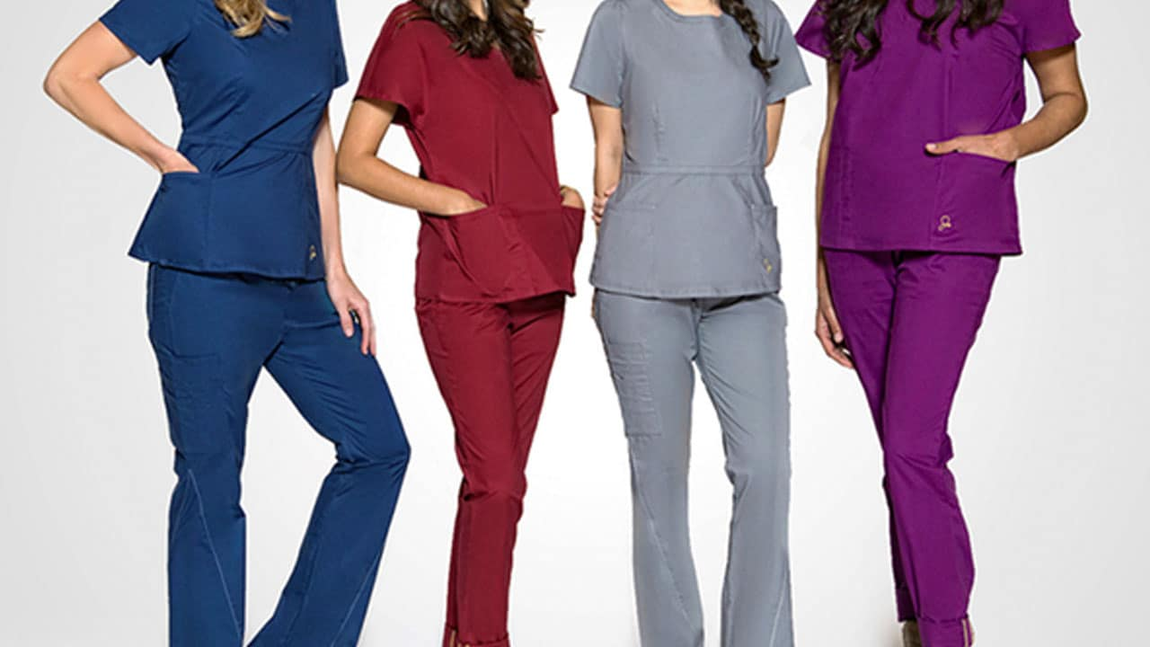 Jaanuu Scrubs Review: Superior Comfort for Nurses?
